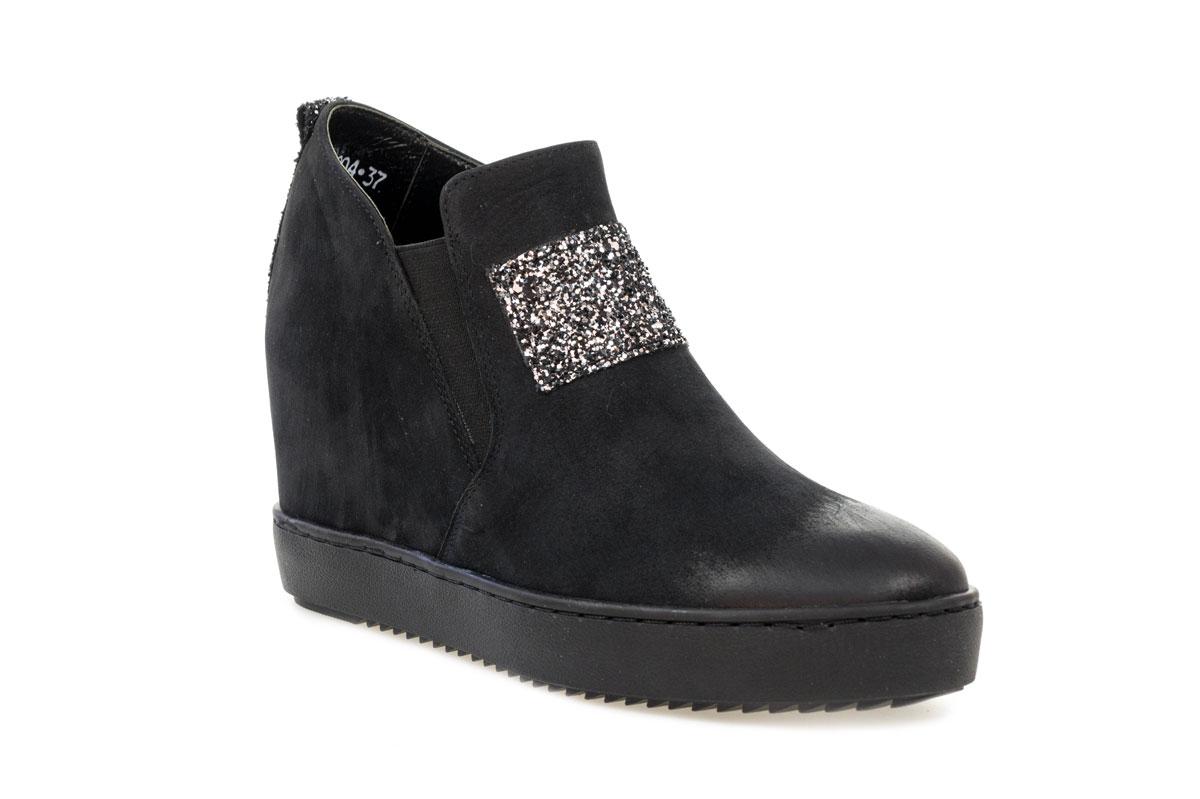 Sneakersy KARINO 1904/126-P czarno srebrne